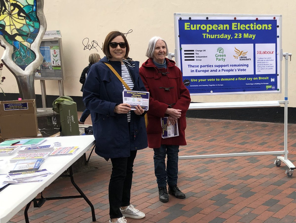Joint  SSTIE  and T&M4EU campaign  finds great interest in the European Parliament elections in Tonbridge